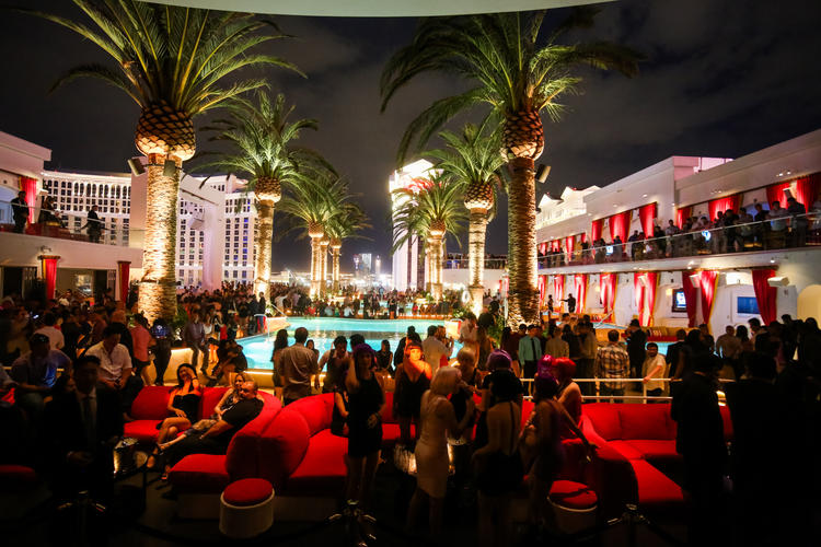 drais outdoor seating