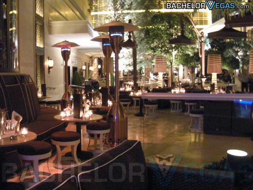 club XS encore outside seating