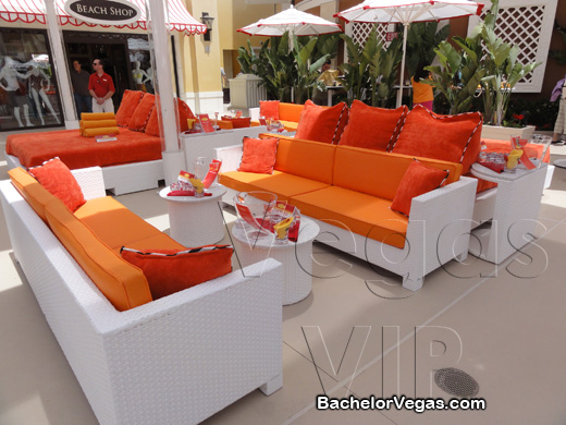encore beach club VIP table bottle service