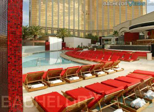 mandalay bay swimming pool pictures moorea beach club pool party cabana rental bachelor vegas