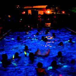 Nighttime Pool Parties Las Vegas at Night | Bachelor Vegas